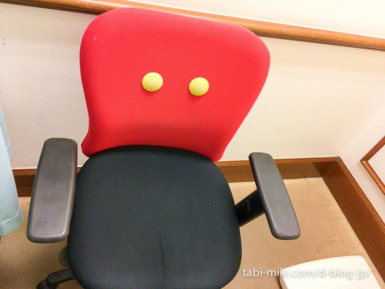 ディズニー年パス写真ブース 椅子