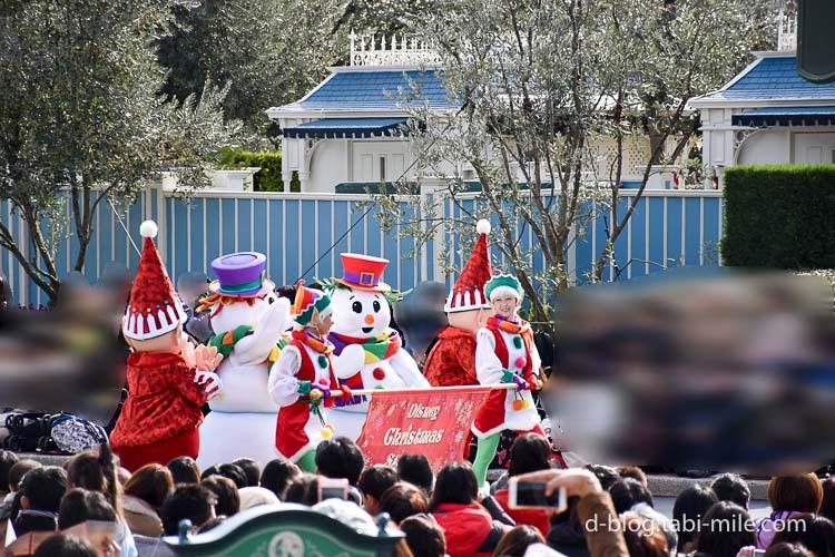 ディズニーランド クリスマスパレード スノーマン