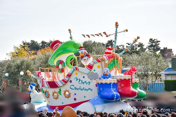 ディズニーランド クリスマスパレード ドナルド 全体