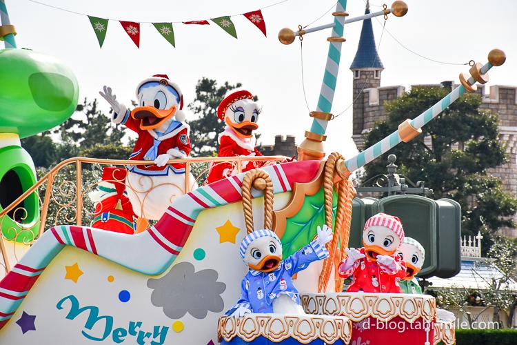 ディズニーランド クリスマスパレード ドナルド デイジー