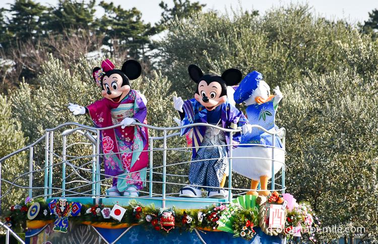 ディズニーランド 正月2017 パレード ミッキーミニー着物
