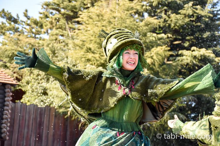 TDL フローズンファンタジーパレード ウェスタン ダンサー 緑