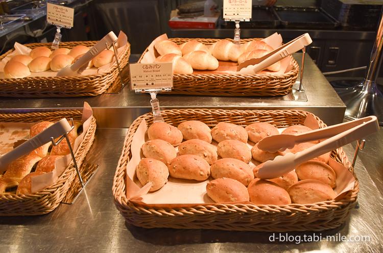 セレブレーションホテル 朝食 パン