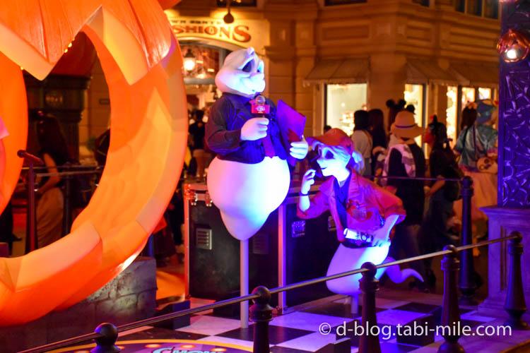 ディズニーランドハロウィン ワールドバザール フォトスポットかぼちゃ夜2